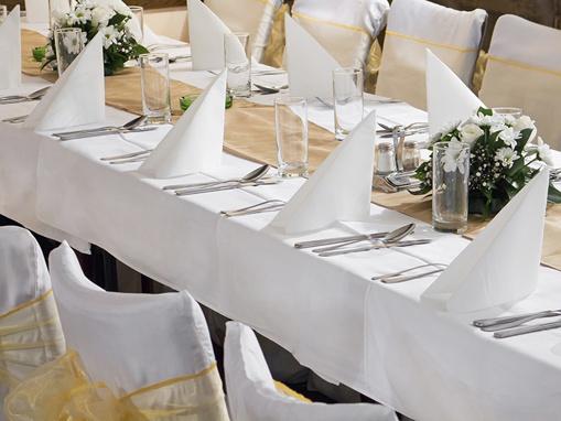 Obrázok z Bílý obdélníkový ubrus pro slavnostní příležitosti 180 x 300 cm